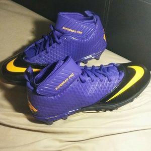 Nike NWOT Superbad Pro Football Cleats Sz 13